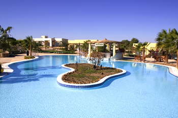 Swimming pool of Best Western solitaire reort Marsa Alam